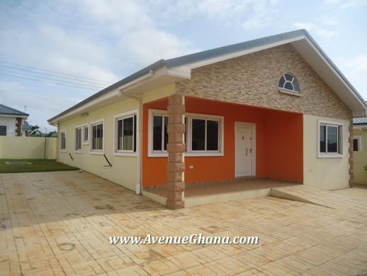 3 bedroom Estate House for rent at Oyarifa near Adenta in Accra