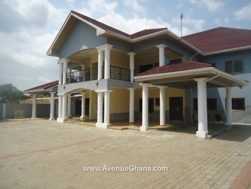 For rent, 2 bedroom apartment to let at West Legon near in Accra