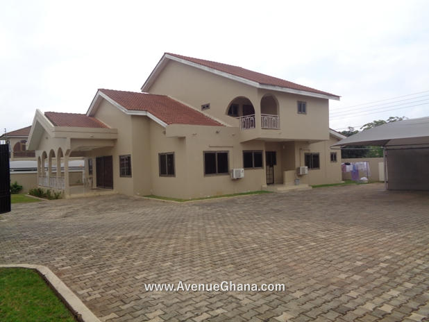 Executive 4 bedroom house for sale in Airport Hills Accra Ghana