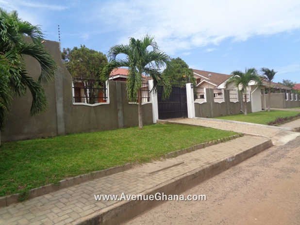 3 Bedroom House With Garden For Rent In Airport Hills Accra Houses Apartments For Rent Sale In Accra Ghana Airport Cantonments East Legon North Ridge