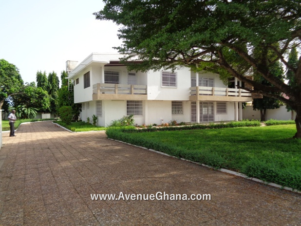6 bedroom swimming pool house for rent at East Legon French School Accra Ghana