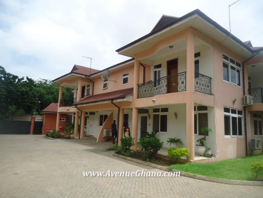 4 bedroom furnished townhouse for rent in North Ridge, Accra