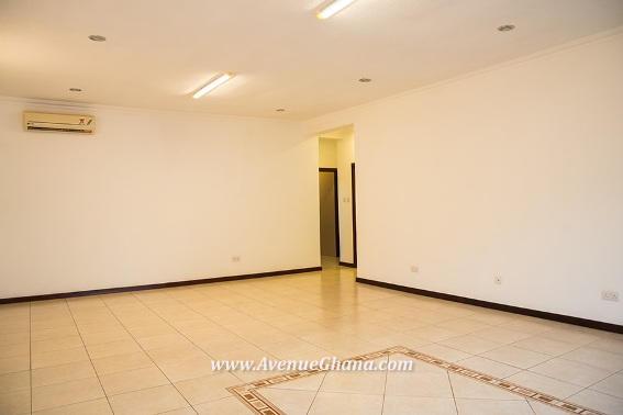 12 bedroom flat