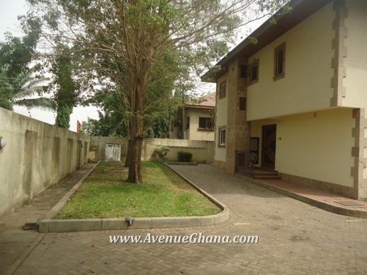 3 bedroom townhouse to let at Cantonments, Accra Ghana