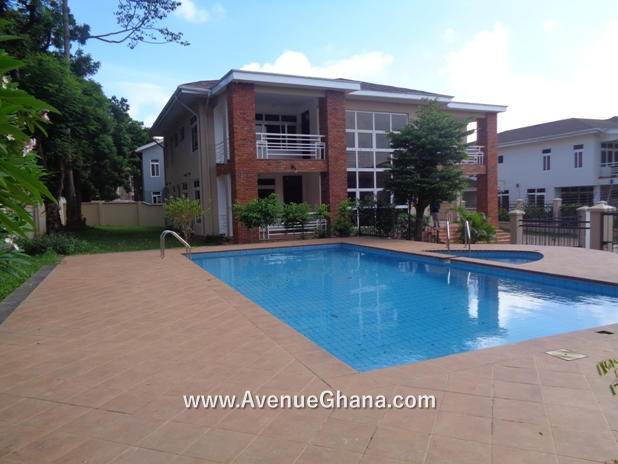 5 bedroom house with swimming pool for rent at North Ridge in Accra Ghana