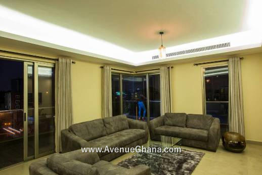 For rent in Accra Ghana, Executive 2 bedroom furnished apartments to let at Osu Oxford