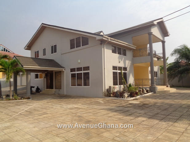 5 bedroom house with swimming pool for rent in East Legon off Adjiringanor Road