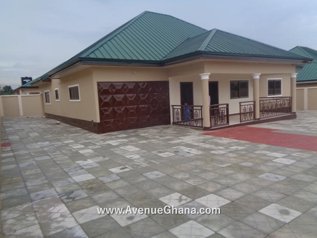 3 bedroom house for sale at Adenta near the SSNIT Flats, Accra