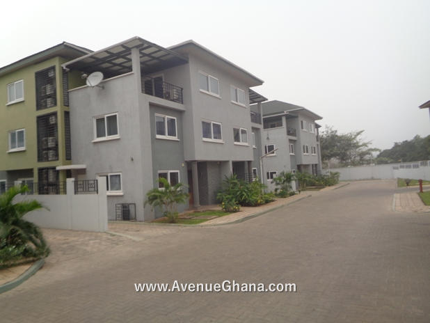 Executive 4 bedroom townhouse to let at Cantonments near GIS