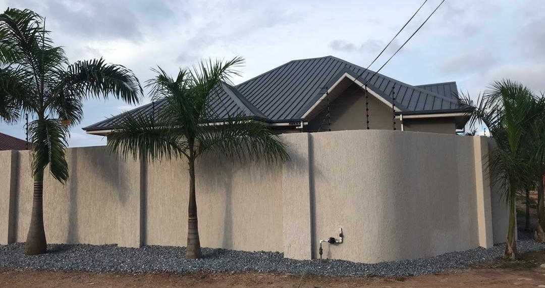 3 bedroom house with large garden for sale at Old Ashongman in Accra Ghana 5
