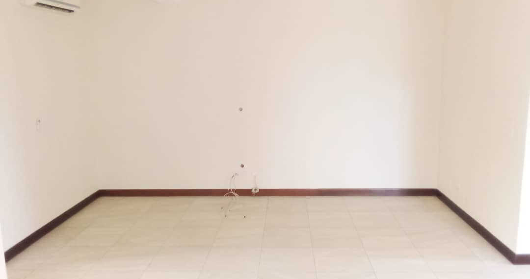 4 bedroom townhouse for rent at Cantonments near American Embassy in Accra Ghana 10