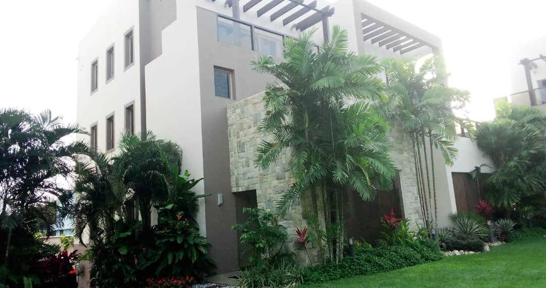 4 bedroom townhouse for rent at Cantonments near American Embassy in Accra Ghana 4
