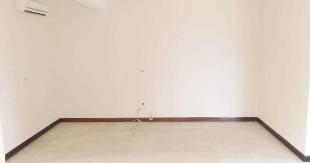 4 bedroom townhouse for rent at Cantonments near American Embassy in Accra Ghana 8