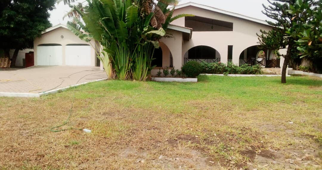 4 bedroom house with garden for rent near the French School in East Legon, Accra