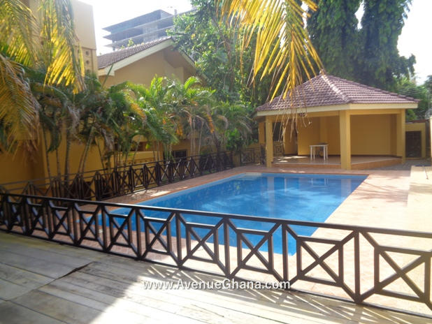 5 bedroom house with swimming pool for rent in Airport Residential Accra Ghana 6