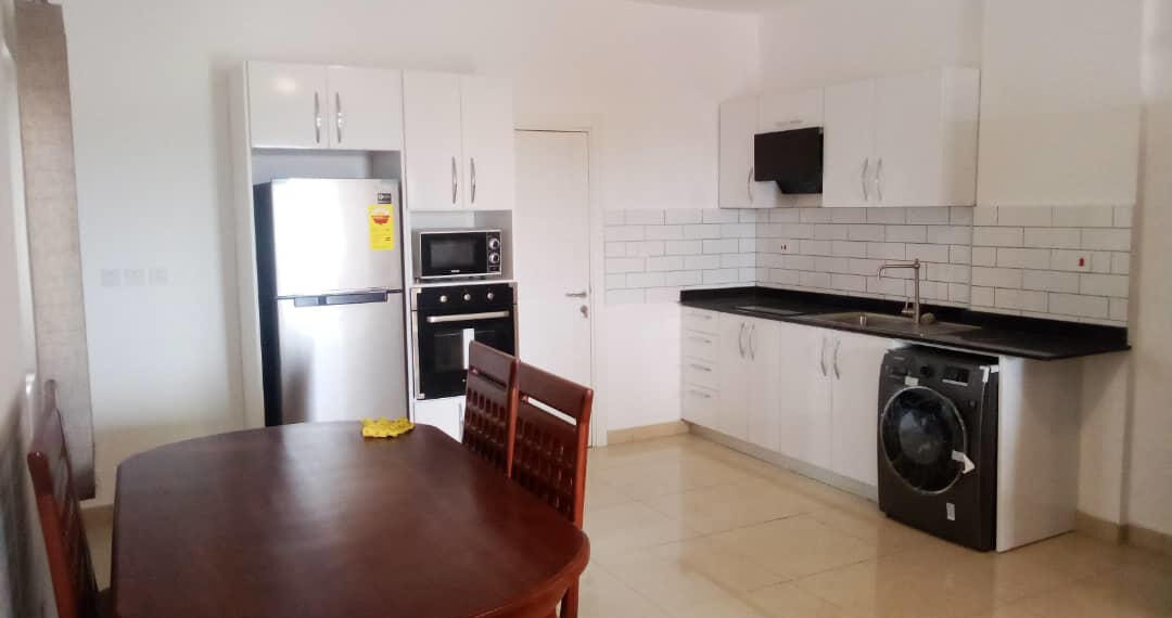 2 bedroom apartment for rent at Osu near Labone Junction in Accra 4