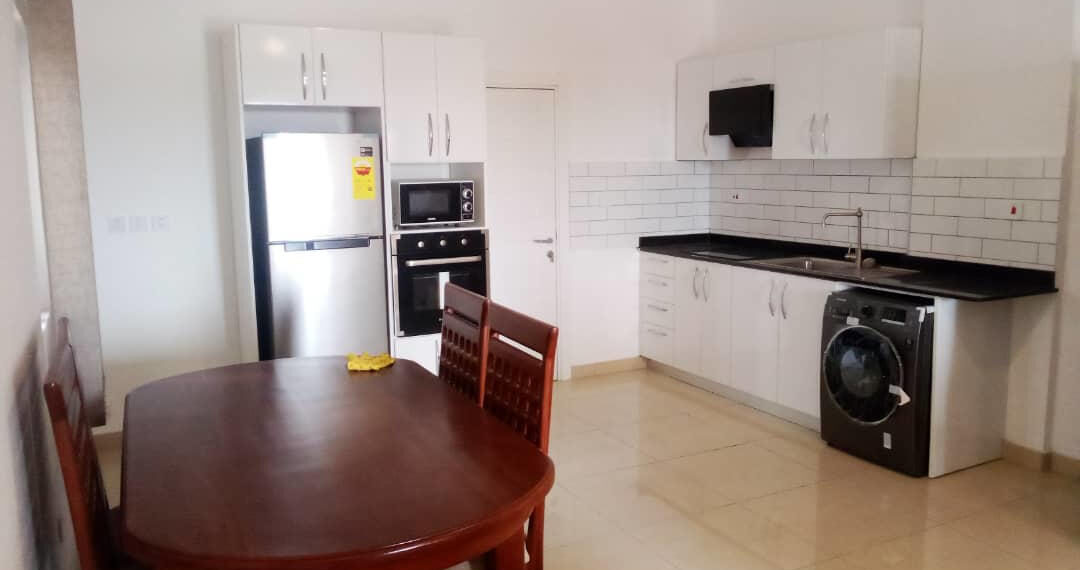 2 bedroom apartment for rent at Osu near Labone Junction in Accra 5