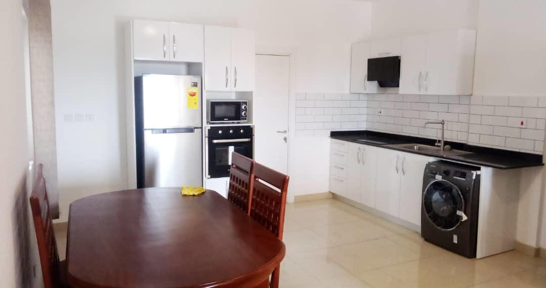 2 bedroom apartment for rent at Osu near Labone Junction in Accra 6