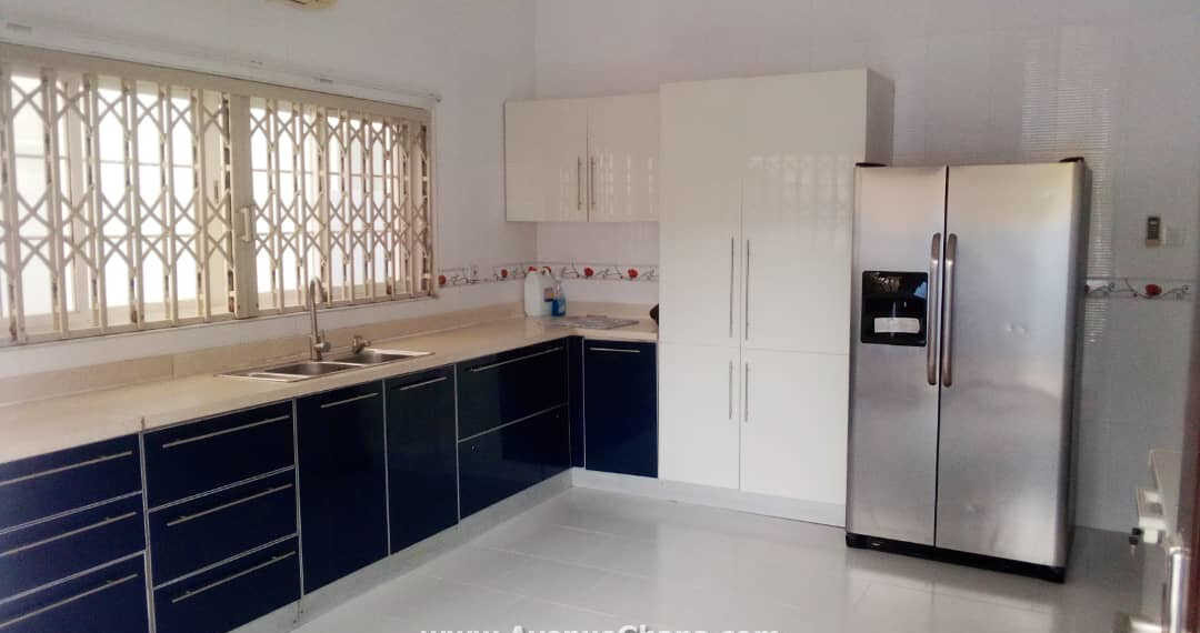 4 bedroom furnished house to let in a gated community in Airport Residential Area
